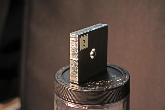 лазерная резка металлических заготовок
