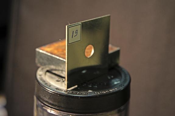 резка толстого металла лазером